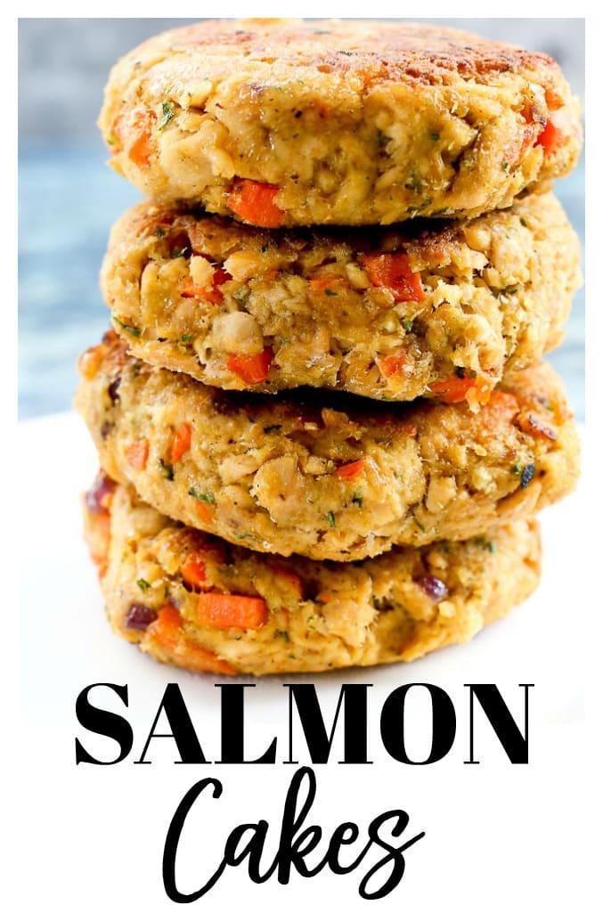Easy Salmon Cakes recipe #salmon #salmoncakes #salmonpatties #healthy #easy #dinner #dinnerideas #healthydinner #weeknightdinner #easydinner #family #kids #fish