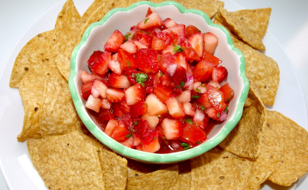 strawberry-tomato salsa