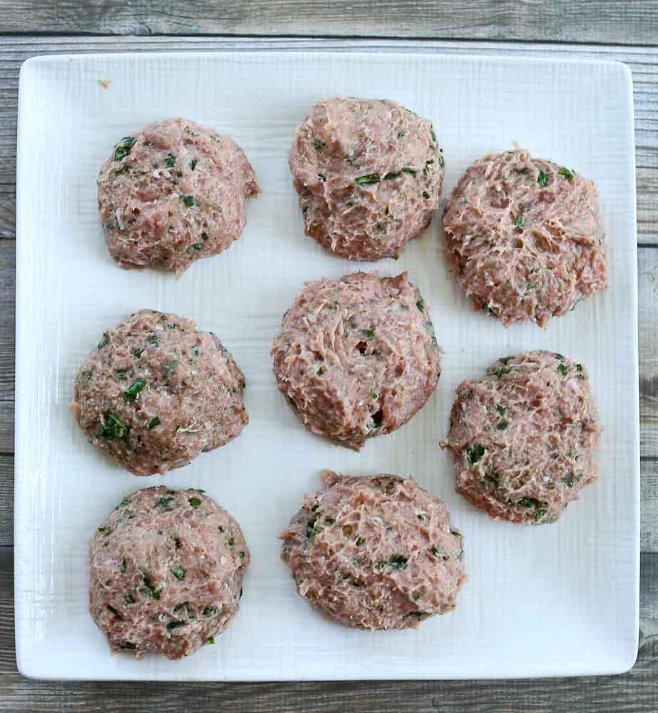 fresh mozzarella stuffed turkey burgers how to stuff it step 2