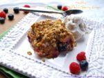 Healthy Peach Berry Crisp recipe #healthy #recipes #healthyrecipes #dessert #glutenfree #peaches #summer #recipes