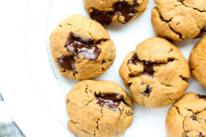 Flourless Peanut Butter Chocolate Chunk Cookies Recipe