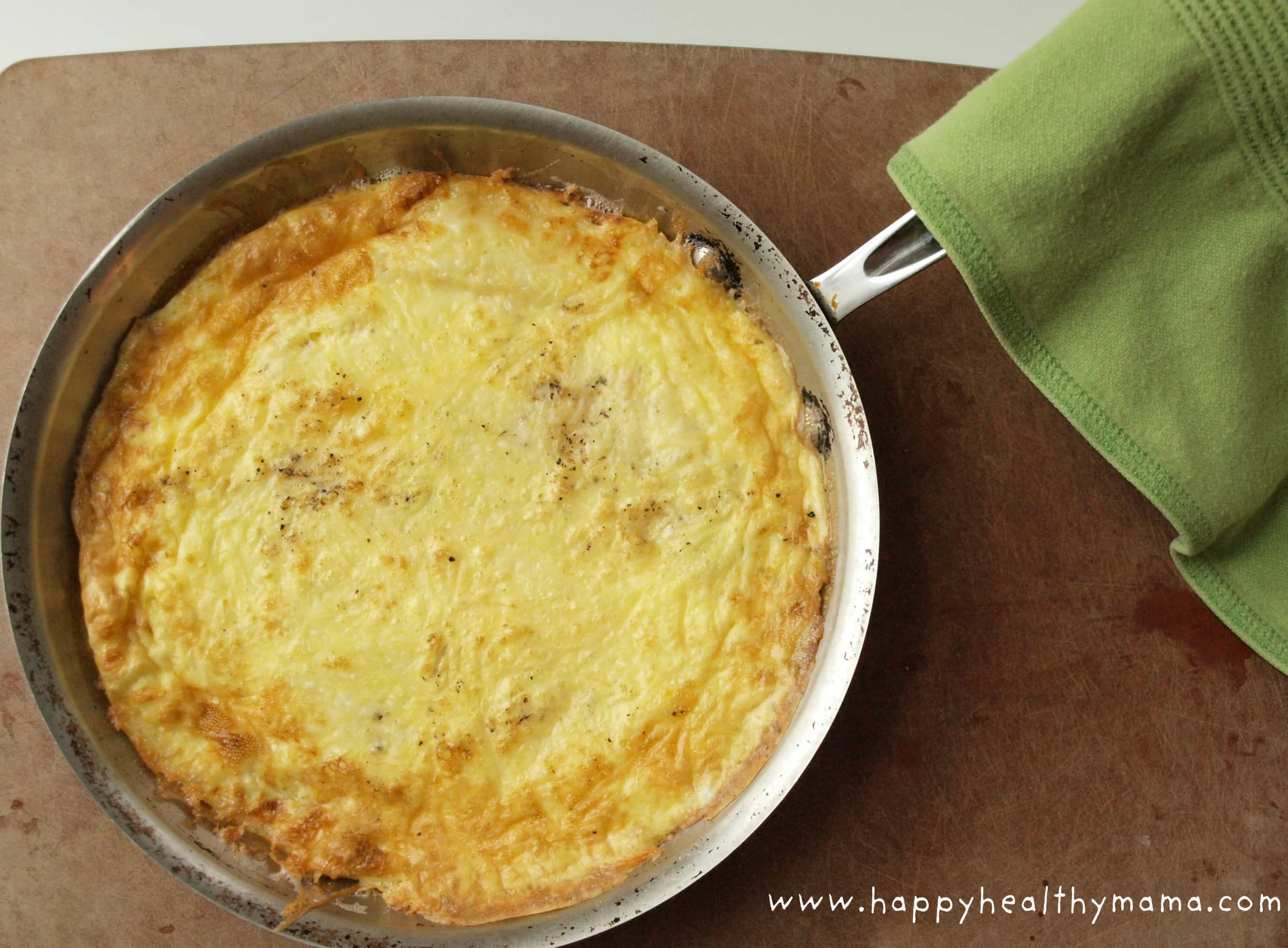 Apple cheddar frittata - Happy Healthy Mama