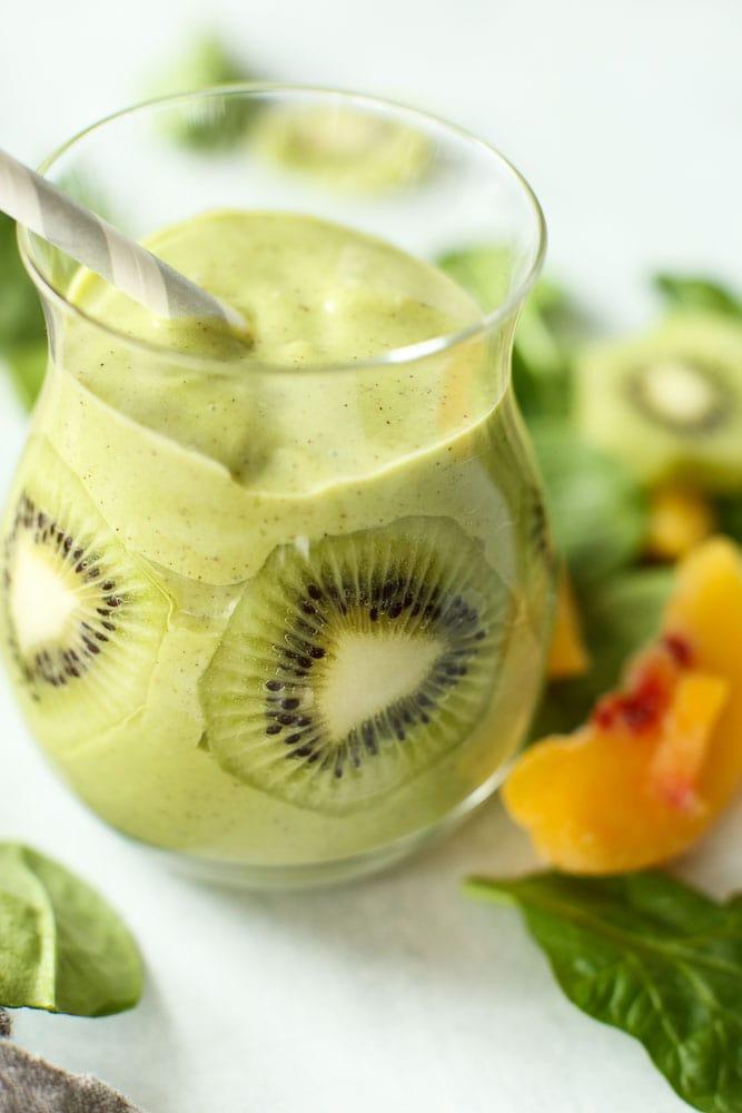 Peachy Kiwi Green Smoothie recipe healthy