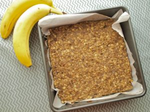 Banana Oat Bars from Happy Healthy Mama