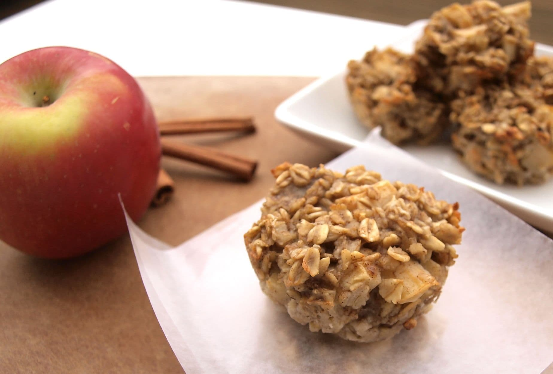 Apple cinnamon baked oatmeal cups {Gluten-free, Dairy-free, Nut-free, Soy-free}