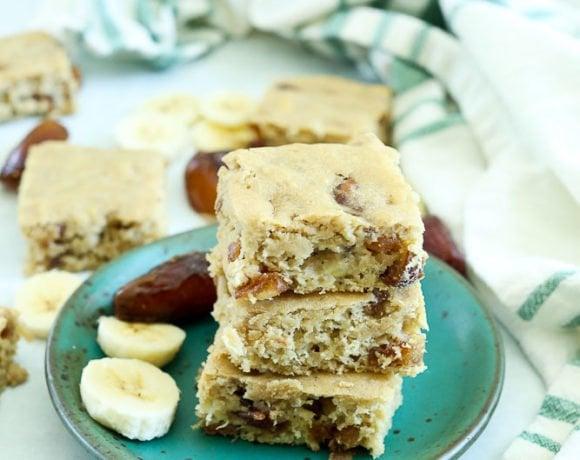 Banana Bread Date Bars Recipe