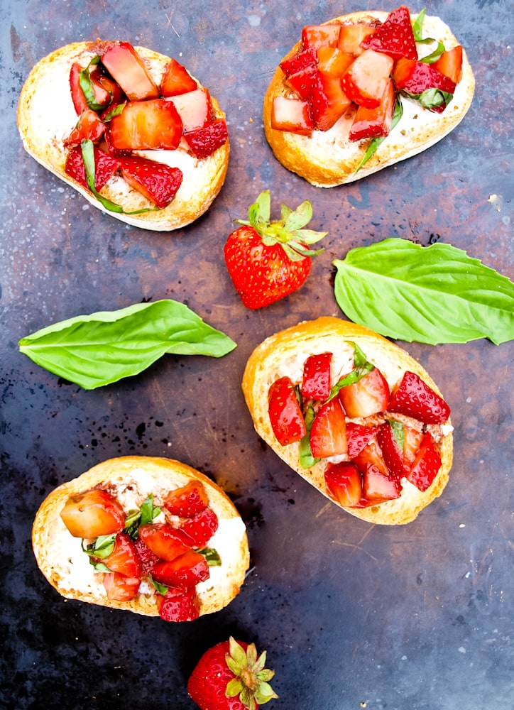 Strawberry Bruschetta from Happy Healthy