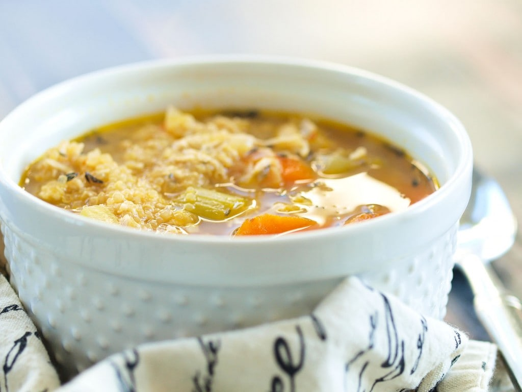 Chicken Quinoa Soup is an updated classic! All the flavor of chicken noodle soup but with healthy quinoa in place of the noodles! This is a fabulous recipe.