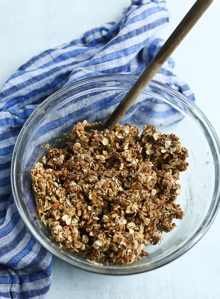 Chewy Homemade Granola Bars--all of the ingredients in a bowl, mixed together