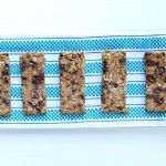 Chewy Almond Butter Chocolate Chip Granola Bars. Easy and healthy homemade granola bar recipe from Happy Healthy Mama.