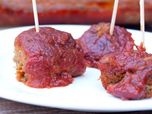These Comforting No-Meat Balls have all the flavor and comfort of traditional meatballs, but without the meat! Take the #MeatlessMondayNight challenge and add these to your game day line up! This is a vegan, gluten-free, and dairy-free recipe.