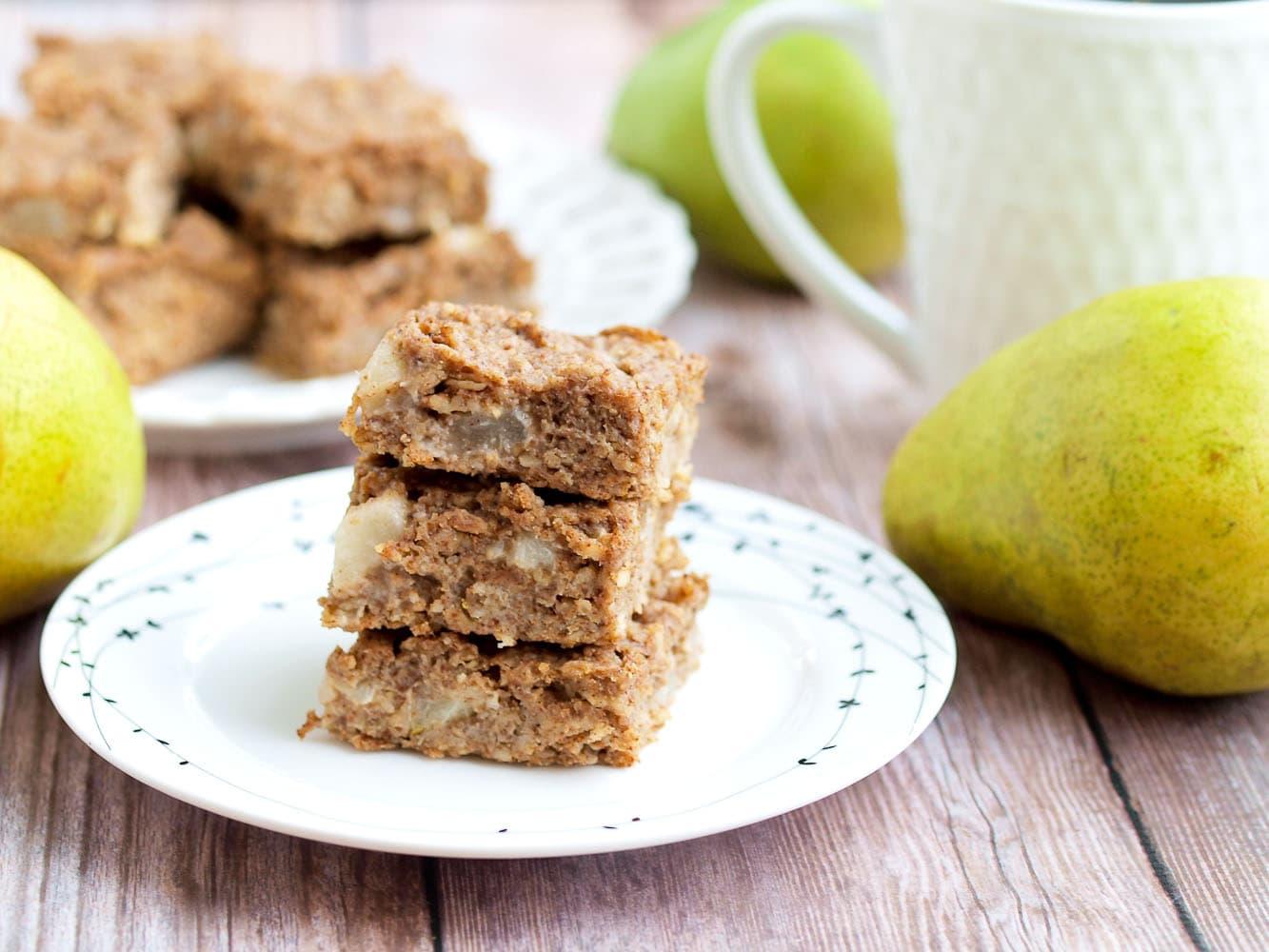 Pear Oatmeal Bars - Happy Healthy Mama