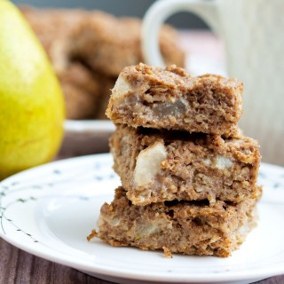 Pear Oatmeal Bars