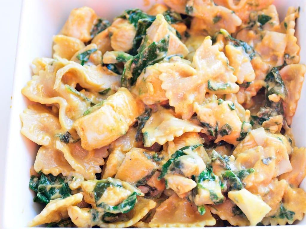 Spinach Artichoke Pasta with Chicken - Happy Healthy Mama