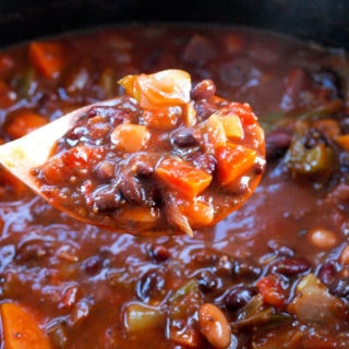 Superfoods Vegan Chili in the Crock-Pot® Slow Cooker
