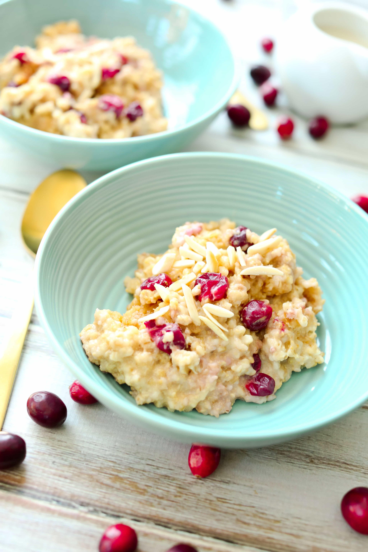 Cranberry Eggnog Oatmeal Crockpot