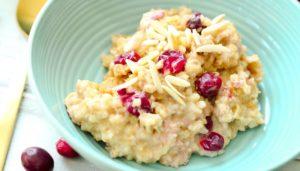 Crock-Pot® Slow Cooker Cranberry Eggnog Oatmeal