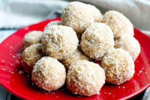 No-Bake Peanut Butter Snowballs