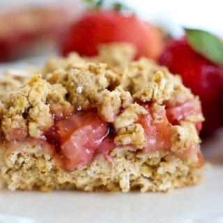 Strawberry Oatmeal Bars (Vegan and Gluten Free)