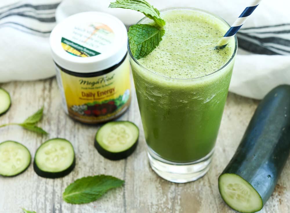 Energizing Cucumber Mint Smoothie Recipe