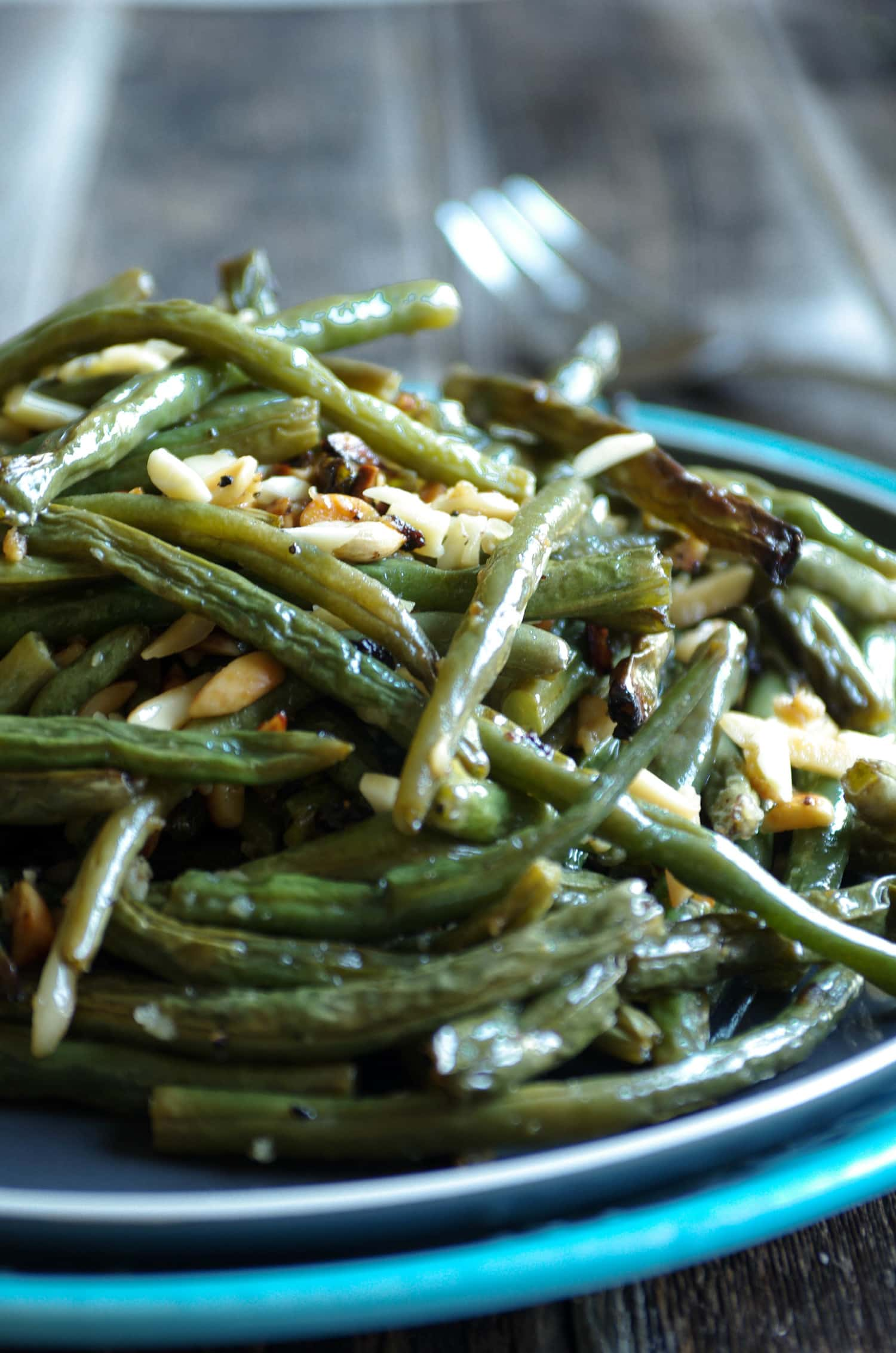 Green Bean Recipes--oven roasted green beans with almonds