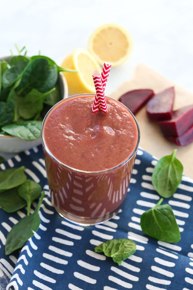 Detox Smoothie Recipe with beets, lemon, and spinach