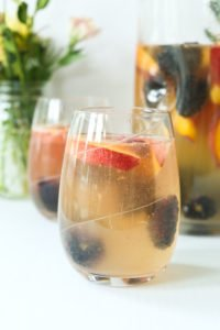 White Sangria Recipe with peaches and blackberries