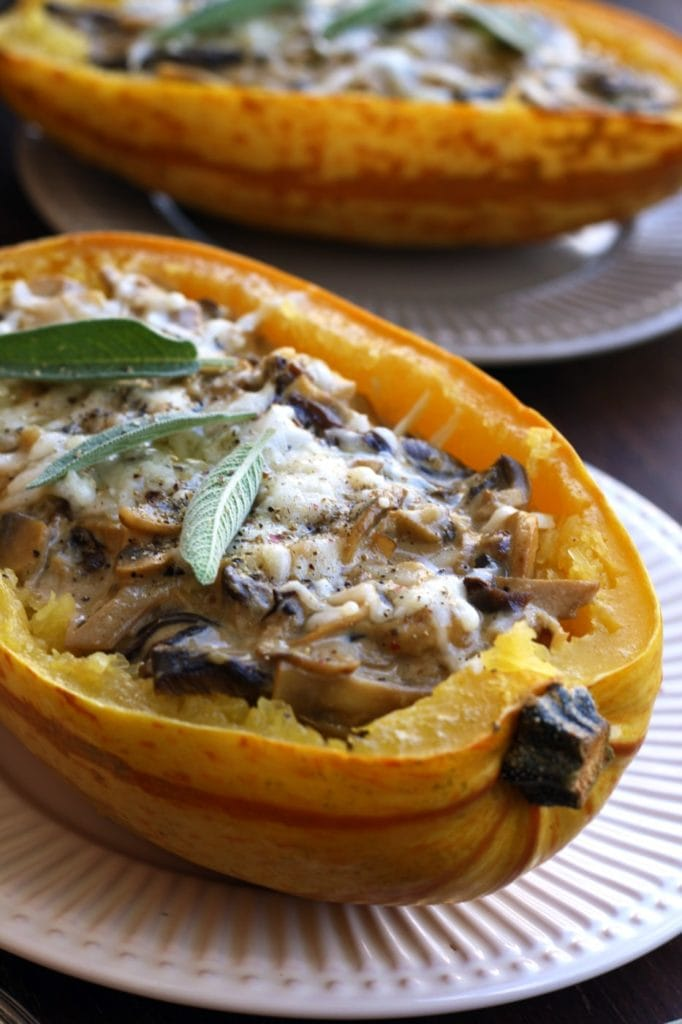 spaghetti squash recipes : Spaghetti Squash with Mushrooms