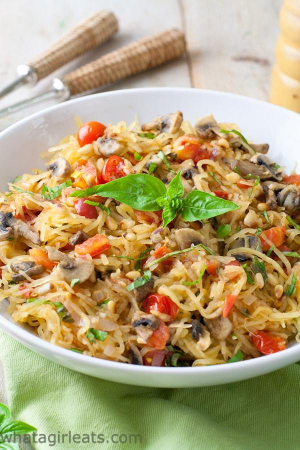 spaghetti squash recipes : Tomato Mushroom Spaghetti Squash