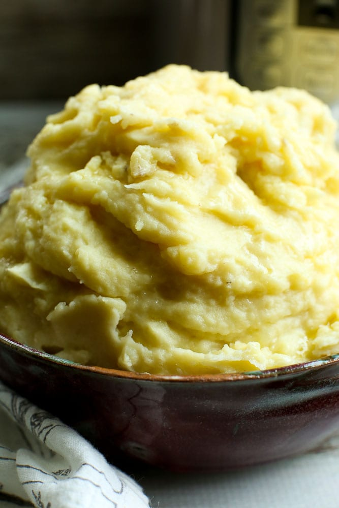 Instant Pot Mashed Potatoes recipe for Thanksgiving or christmas